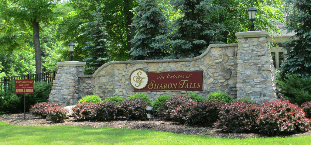 The Estates of Sharon Falls